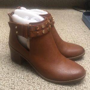 Bar III Womens Wiley Faux Leather Ankle Booties